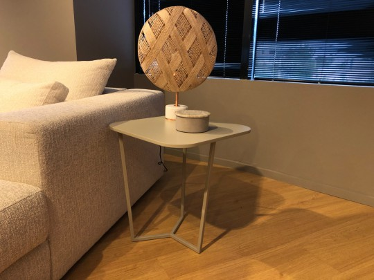 Side Table 085
